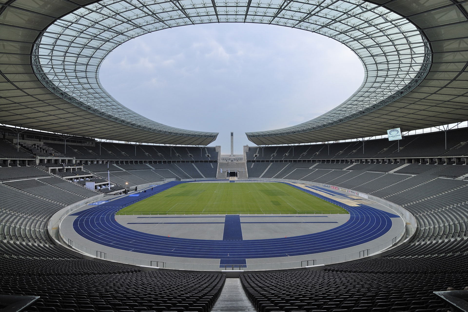 Berlin-Olympiastadion_01